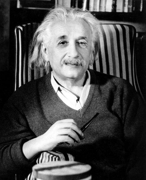 Альберт Энштэйн